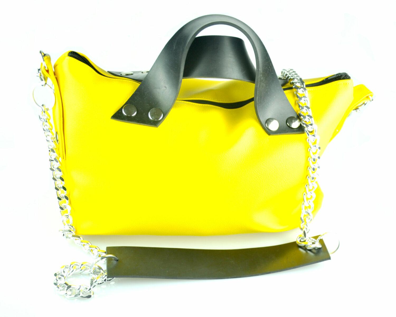 Bolso handmade polipiel amarillo cremallera asas caucho remaches plateado cadena plata verano summer frontal scaled