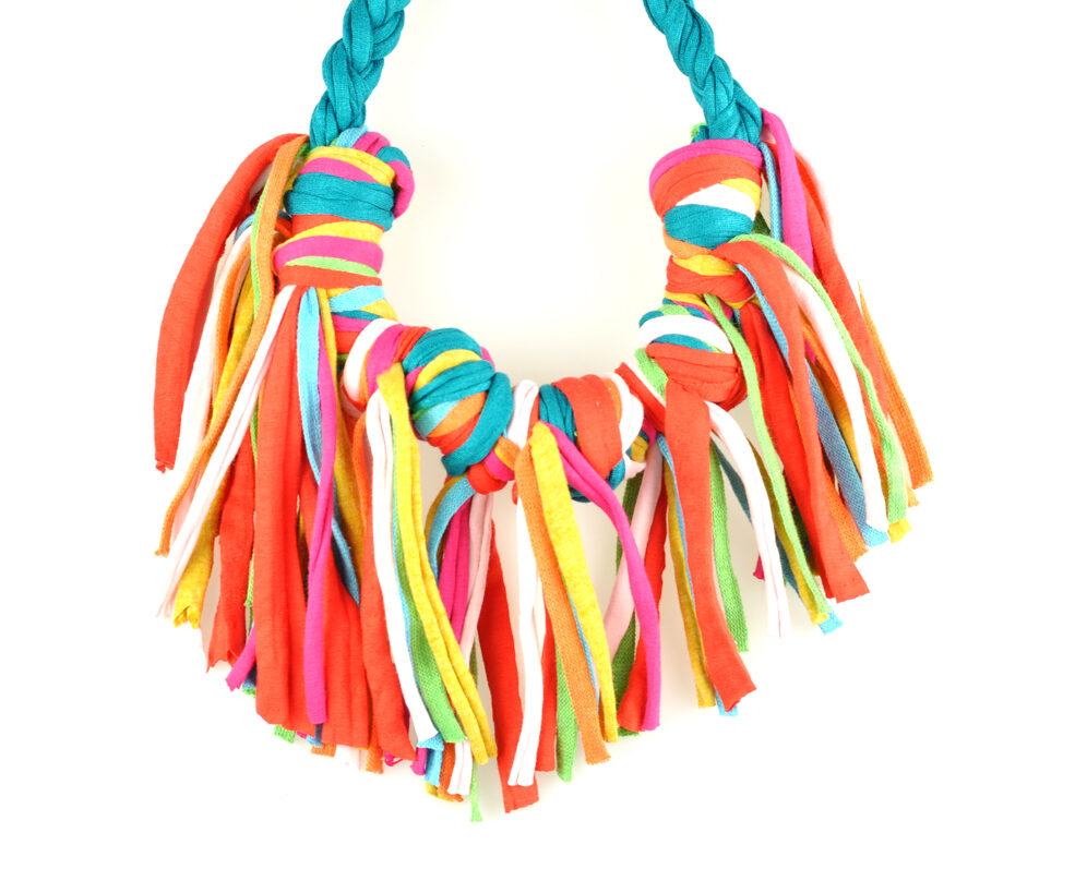Collar handmade textil flecos azul bondi multicolor largos nudo doble frontal 2