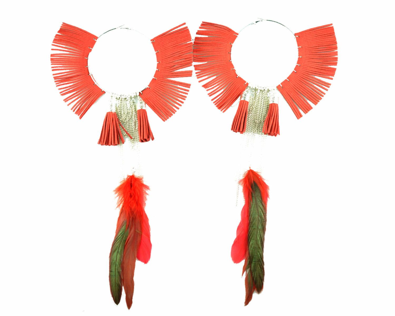 Maxi argolla rojo plumas color cadena borlas metal plateado scaled