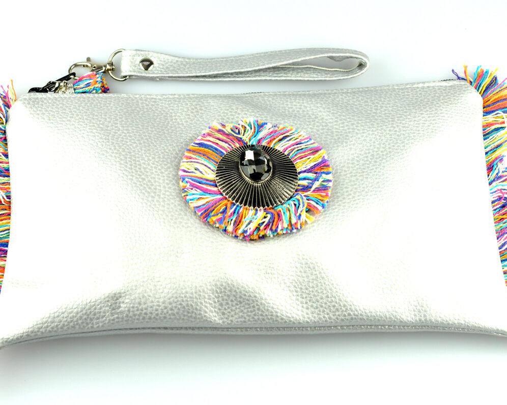 bolso clutch handmade artesano flecos multicolor roseton dorado cristal polipiel plata estrecho frontal