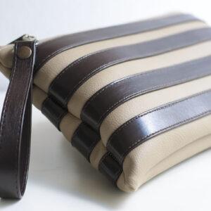 clutch beige marron unisex piel  sintetica tiras cuero asa cremallera bolsillo art 1