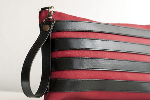 clutch burdeos negro unisex piel  sintetica tiras cuero asa cremallera bolsillo art 1