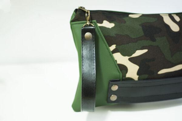 clutch camuflaje lados verdes cuero negro remaches front art 1 1