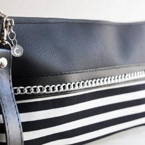 clutch negro rayas blanco piel sintetica cadena plata asa mujer 01