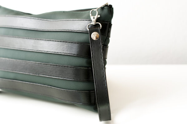 clutch verde negro unisex piel  sintetica tiras cuero asa cremallera bolsillo art 5