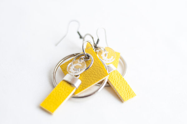 pendiente gancho plata piel amarillo metal argolla cuadrado tira 04