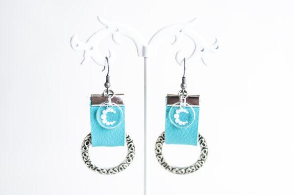 pendiente gancho plata piel azul turquesa metal argolla labrada 02