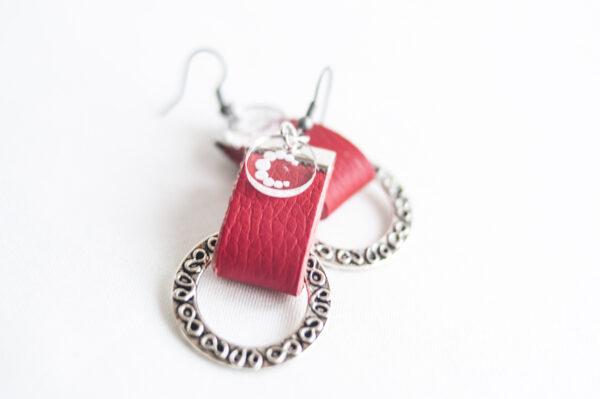 pendiente gancho plata piel rojo metal argolla labrada 04