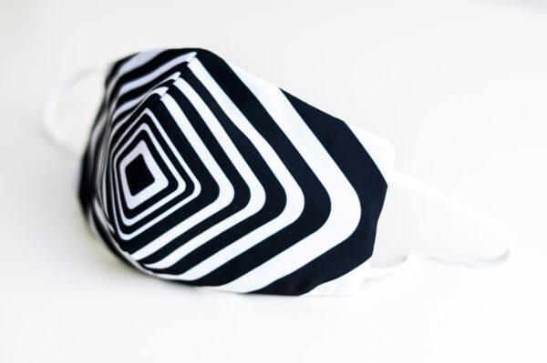 cubre mascarilla rayas regro blanco cuadro 01