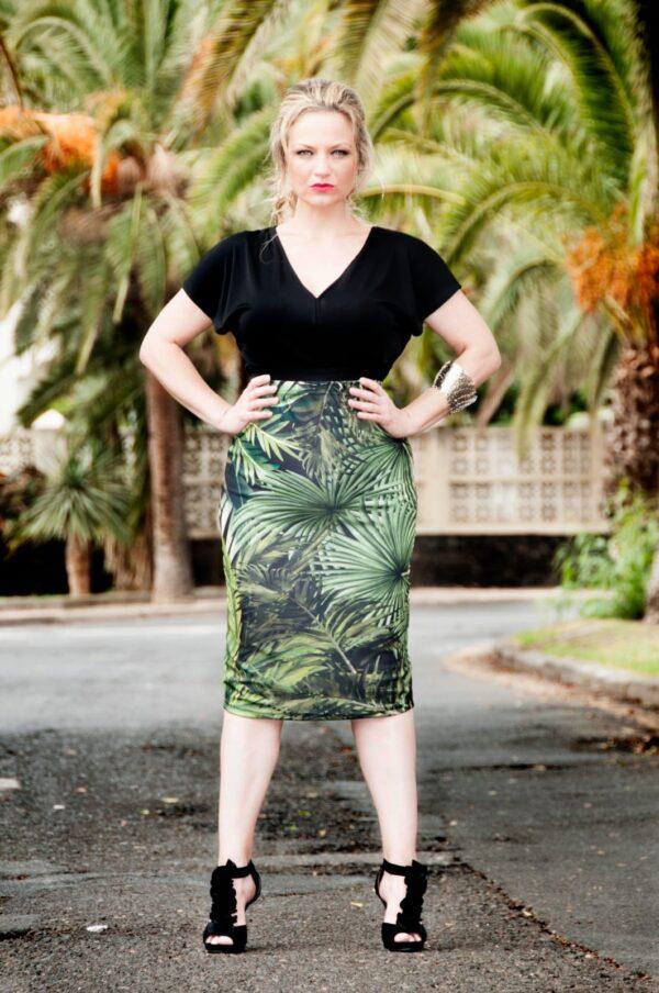 Falda midi floreale picris original palmeras entera poliester elastano