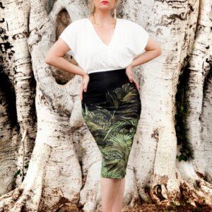 Falda midi floreale picris original palmeras negro poliester elastano