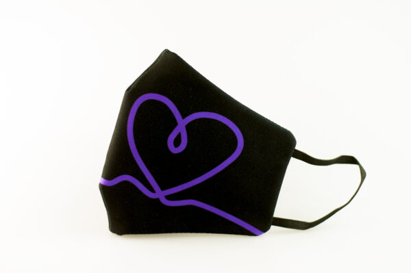 mascarilla corazon morado picrisoriginal base negra elastico filtro tnt 00