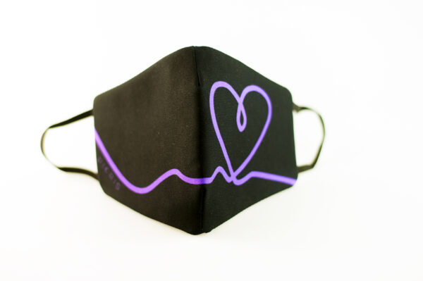 mascarilla corazon morado picrisoriginal base negra elastico filtro tnt 02