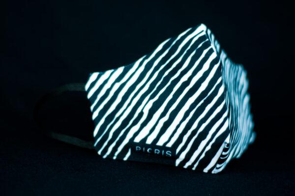 mascarilla higienica reutilizable blanco negro cebra manchas 03